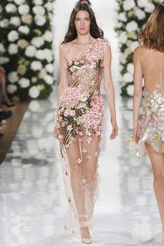 Valentin Yudashkin Spring/Summer 2015 Ready-To-Wear Paris Fashion Week