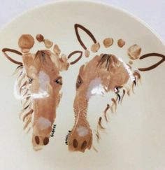 Hand painting for kids For all of us horse friends with kids - love this pottery footprint idea! Farm Animal Crafts, Farm Crafts, Animal Crafts For Kids, Daycare Crafts, Camping Crafts, Art For Kids, Horse Crafts Kids, Toddler Art, Toddler Crafts