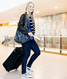 Head off weight gain by starting your next trip with these tips for passing your time and eating well at the airport. - Shape.com