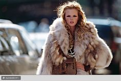 Google Image Result for http://images.nymag.com/fashion/08/fall/fur0808_slideshow_btn.jpg