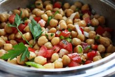 Chickpeas Corn and Red Pepper Salad - Recipe Details Potato Recipes, Vegetable Recipes, Vegetarian Recipes, Healthy Recipes, Healthy Food, Recipe Details, Salad Ingredients, Summer Salads, Gastronomia