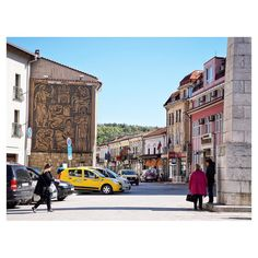 walk walk 🚶🏼 #AfotoGoBulgaria #GurkoStreet #VelikoTarnovo  #Bulgaria #View #Sky #fabskyshots #walkwaywhy #sky_collection