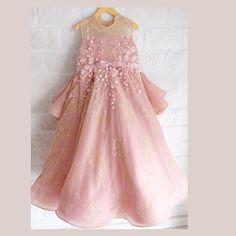---Heidy dress--- #honeybeekids #honeybee_kids #instakids #kidsdress #ballgown #customdress #welovedetails
