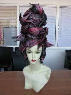 Mannequin fantasy hair @ MOHH Academy www.mohh.ie