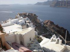 bellísima Santorini Santorini, Opera House, Building, Travel, Places, Viajes, Buildings, Destinations, Traveling