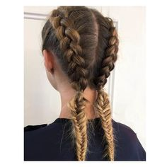For your Friday morning commute, why not try this combination of Dutch and fishtail braid, styled by Tamara. ✂   . . . #georgenorthwood #georgenorthwoodsalon #teamgn #braidinspo #styleinspo #styleinspiration #hairsalon #salon #blowdry #style #hair #hairstyle #hairstylist #hairinspo #hairinspiration #beauty