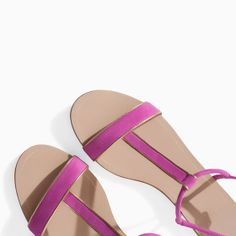 Image 4 of SANDAL WITH EDGING from Zara