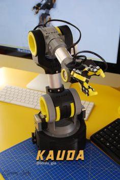 Teaching Posts, Iot Projects, Gear Wheels, 3d Printing Diy, Robot Arm, Secret Compartment, Robot Design, Stepper Motor, Steel Rod