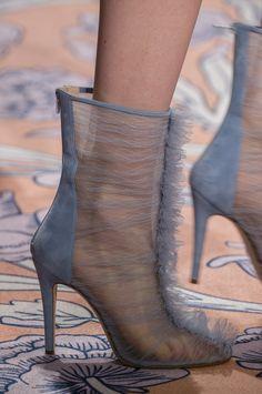 Alice Mccall at New York Fashion Week Fall 2018 - Details Runway Photos