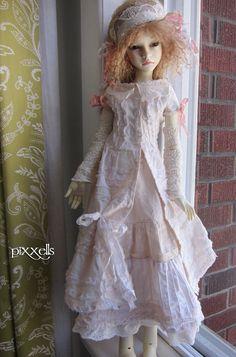 Miniarture Ruffles for Kaye Wiggs Dollstown SD Dolfie by Pixxells   eBay