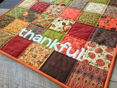 Jedi Craft Girl: Charming & Thankful Holiday Table Quilt Tutorial