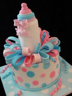 17 Beautiful Baby Shower Cakes To Lust Over - Kuchen recepte - Pretty Cakes, Cute Cakes, Beautiful Cakes, Amazing Cakes, Bolo Fack, Baby Reveal Cakes, Gateau Baby Shower, Cupcakes Decorados, Bottle Cake