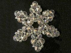 Helmien talo opettaa: punottu lumihiutale Diamond Earrings, Helmet, Floral, Videos, Jewelry, Jewlery, Hockey Helmet, Jewerly, Flowers
