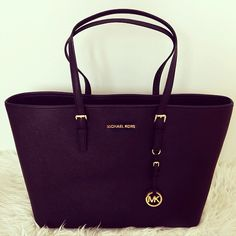Michael Kors Handbags for Sale on http://mkbags.bytekitchen.com/