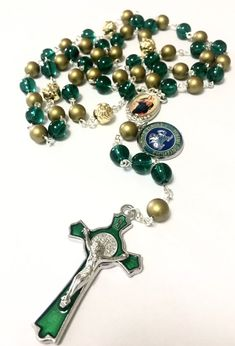 Rosary Prayer, Prayer Beads, Wire Jewelry, Jewelry Box, Leprechaun Gold, Irish Fans, Fighting Irish, Rosary Beads, Rosaries