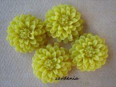 4PCS  Yellow  Resin  Mum Flower Cabochons  20mm by ZARDENIA, $2.00