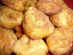 Something Sweet...: Especial Doces de Natal - Filhoses de Laranja Portuguese Sweet Bread, Portuguese Desserts, Portuguese Recipes, Portuguese Food, Appetizer Recipes, Snack Recipes, Dessert Recipes, Cooking Recipes, Portugese Custard Tarts