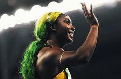 E o que não falta no maior evento esportivo do mundo é criatividade! A velocista Shelly-Ann Fraser provou que o esporte está ligado a moda e vaidade mais do que nunca. Nos cabelos o verde e amarelo seguindo as cores da bandeira jamaicana seu país de origem. So cool!  #FhitsRio