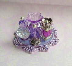Miniature Bottles, Miniature Crafts, Miniature Dolls, Miniature Houses, Fairy Furniture, Barbie Furniture, Barbie Accessories, Dollhouse Accessories, Diy Dollhouse
