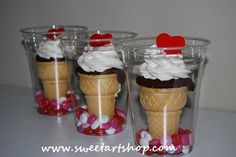 Ice cream cone cupcakes in plastic cup. In charge of treats for Valentines Day at school. I think these will be a big hit! Valentines Day Treats, Holiday Treats, Holiday Recipes, Valentine Cupcakes, Valentine Party, Valentine Nails, Birthday Cupcakes, Halloween Treats, Cake In A Cone
