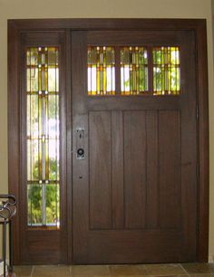love craftsman style and stained glass
