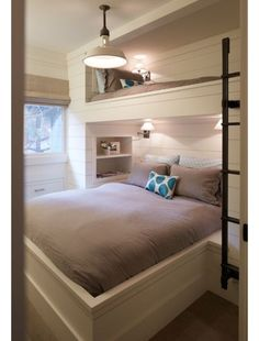 Fabulous Bunk Bed Ideas To Inspire You 12 Inspirational Examples Of Built In Bunk Beds Bunk Room - Interior Design Ideas & Home Decorating Inspiration - moercar Bunk Beds Built In, Modern Bunk Beds, Bunk Beds With Stairs, Kids Bunk Beds, Queen Bunk Beds, Adult Bunk Beds, Built In Beds For Kids, Bunk Bed Ideas For Small Rooms, Bunk Bed Wall
