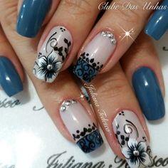 Nails Black Blue Beauty For 2019 Flower Nail Designs, Diy Nail Designs, Flower Nail Art, Nail Art Designs Videos, Fingernail Designs, Fabulous Nails, Perfect Nails, Fingernails Painted, Blue Nails