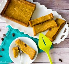 Caribbean Pone A spicy, mouthwatering pudding like baked dessert made from cassava, sweet potato and pumpkin Carribean Desserts, Caribbean Recipes, Caribbean Food, Black Cake Recipe, Cassava Pone, Cake Recipes, Vegan Recipes, Vegan Food, Trinidad Recipes