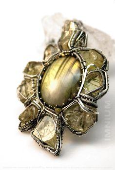 Lime yellow pendant - labradorite beryl heliodor diamond large wirewrapped pendant sterling silver star sun flower sunflower