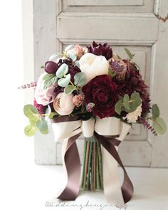 love these wedding colors – a handmade wedding … – Bouquet Of Sunflowers Winter Wedding Colors, Fall Wedding Flowers, Wedding Flower Arrangements, Bridal Flowers, Flower Bouquet Wedding, Floral Wedding, Floral Arrangements, Bridal Bouquet Fall, Maroon Wedding