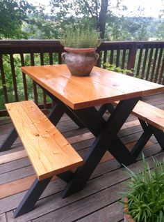 Classic Picnic Table W/ Black Legs: Remodelista