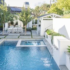 Browse swimming pool design ideas for the perfect pool for your home. Discover pool deck ideas and landscaping options to create your dream swimming pool Backyard Pool Landscaping, Backyard Pool Designs, Small Backyard Pools, Outdoor Pool, Small Pool Houses, Backyard Ideas, Indoor Outdoor, Swimming Pools Backyard, Pool Spa
