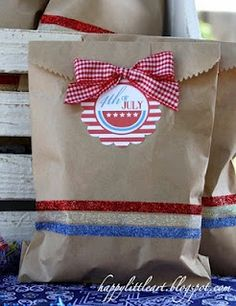 { HappyLittleArt }: 4th of July Treat Sacks!!!!