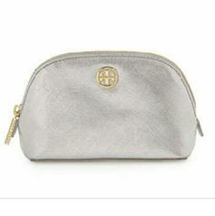 Tory Burch make up bag Used once, like new! Tory Burch Bags Cosmetic Bags & Cases