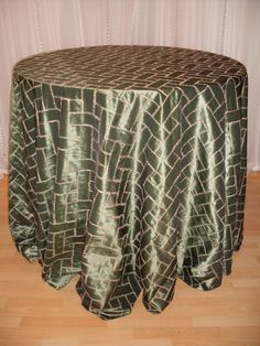 Interested green gold linen from Chair Decor