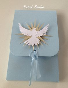 Combination card & gift for First Communion Confirmation Cards, Baptism Cards, Première Communion, First Holy Communion, Communion Invitations, Baptism Invitations, Religion, Craft Gifts, Diy Gifts