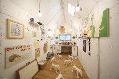 原美術館コレクション展、横尾忠則やアイウェイウェイらの作品を全館で公開   Fashionsnap.com