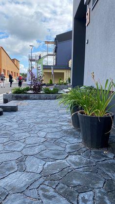 Jämerä townhouse Townhouse, Sidewalk, Garden, Garten, Terraced House, Side Walkway, Lawn And Garden, Walkway, Gardens