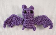 Well, Halloween is nearly upon us, so here is a tiny little bat pattern for you to have fun with. It's quick and simple to make and...