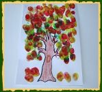 Fall Tree Craft For Kids! Lets paint a fall tree Fall Tree Craft For Kids! Lets paint a fall tree Fall Arts And Crafts, Fall Crafts For Kids, Art For Kids, Kids Crafts, Kid Art, Daycare Crafts, Classroom Crafts, Classroom Ideas, Painting Activities