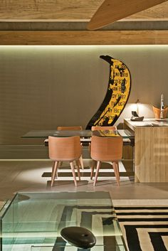 Contemporary loft designed by  Roberto Cimino e Nelson Amorim | Andy Warhol's Masterpiece.