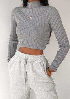 Source by cute outfits casual Teen Fashion Outfits, Mode Outfits, Retro Outfits, Look Fashion, Vintage Outfits, Girl Outfits, Baddie Outfits Party, Swag Fashion, Tumblr Outfits