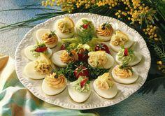 Unser beliebtes Rezept für Gefüllte Eier und mehr als 55.000 weitere kostenlose Rezepte auf LECKER.de.