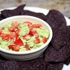 Skip High-Calorie Guacamole and Make Edamole Instead: It looks like guac, doesn't it?