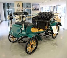 Opel Patentmotorwagen : 1899   ===>  https://de.pinterest.com/eluebanos/street-style-beginnings/   1===>  https://de.pinterest.com/pin/148618856426979784/   2===>  https://de.pinterest.com/pin/365284219747549579/   3===>  https://de.pinterest.com/pin/365284219747549578/
