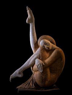 Tanztraeume, Skulptur, Plastik aus dem Holz einer Eiche, von Malgorzata Chodakowska