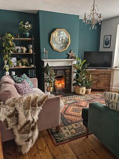 How To Use Dark Green in Your Living Room — Melanie Jade Design Living Room Green, New Living Room, Living Room With Color, Living Room Interior, How Decorate Living Room, Cosy Living Rooms, Living Room Wall Art, Living Roon, Decorate Walls