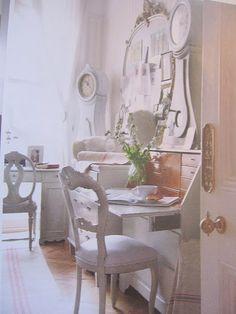 Shabby Chic Ireland: Romantic Shabby Chic - Office space