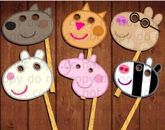 Hey, I found this really awesome Etsy listing at https://www.etsy.com/listing/253251669/12-peppa-pig-photo-booth-props-12