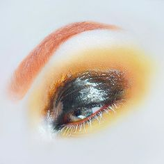 expect lots of warm looks for a little bit. It's that time of year  Makeup details below:BROWS: @sugarpill flamepointPRIMER: @katvondbeauty colour correcting eyeshadow primer in fairEYES: @sugarpill flamepoint, buttercupcake, soot